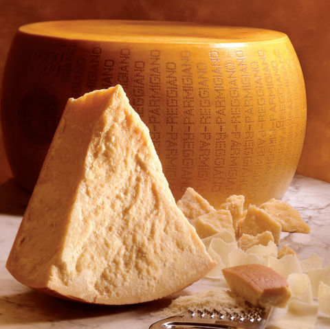 Wisconsin Cheesemakers Facing Double Whammy